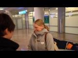 Тура Бергер и Тарри Бё в аэропорте в Москве